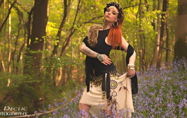 portrait, photoshoot, forêt, haînaut, model, photographe, strobist